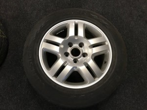 Winterbanden set  Volkswagen Touareq  255/55R18 6.5/4.5/6.5/4.5mm 08PLRP