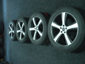 Winterbanden set RANGE ROVER EVOQUE 255/50R19 6.0/6.0/4.0/4.5mm 90XFH4