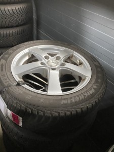 Winterbanden set Toyota Auris 205/55R16 6.0/3.5/3.0/7.0mm HP435H
